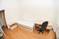 Place in a shared apartment - pokoj