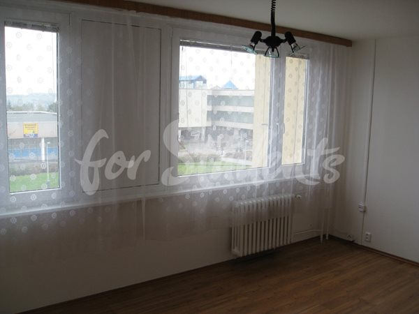 Studio apartment near Stodůlky metro station - P30/19