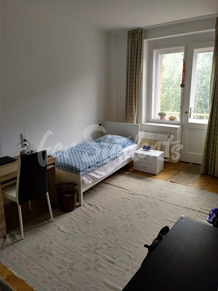 Room in male shared 3bedroom apartment in Prague 5 - Plzeňská street - RP4/19