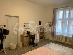 One bedroom available in a female three bedroom apartment in New Town - 54518177_779774329070422_4013855579033305088_n