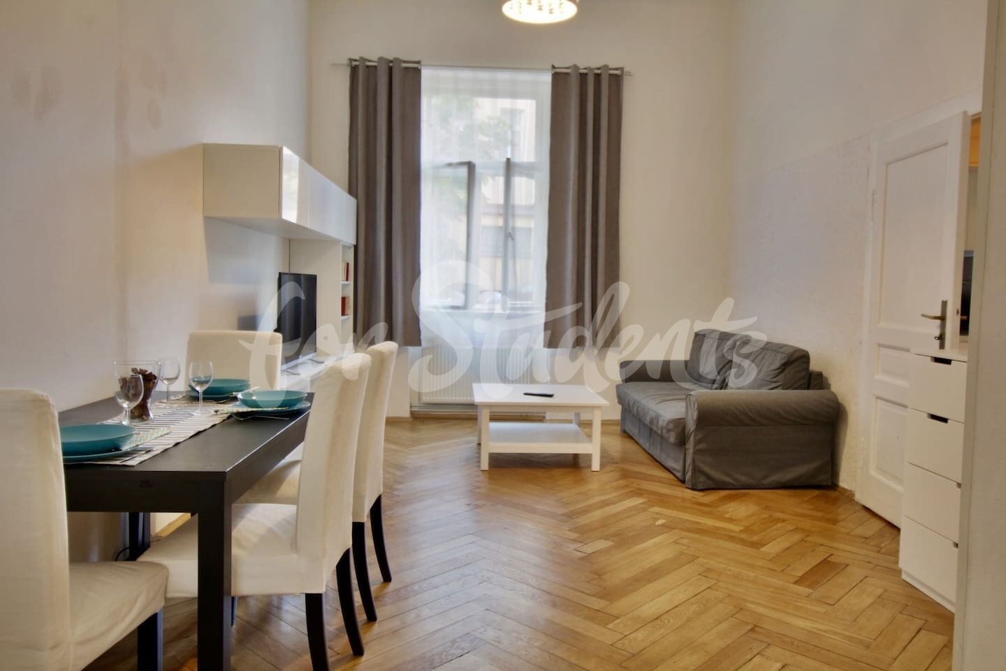 One bedroom apartment near the Old Town