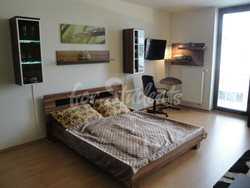Very spacious studio apartment near Old Town - DSC03495