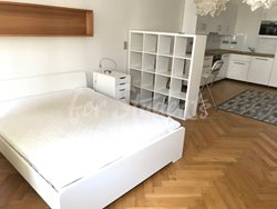 Studio apartment in the Old Town - 70139608_510273106453591_6954912869662064640_n