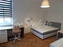 Two bedroom apartment in a student´s villa house in New Town - SAM_2584