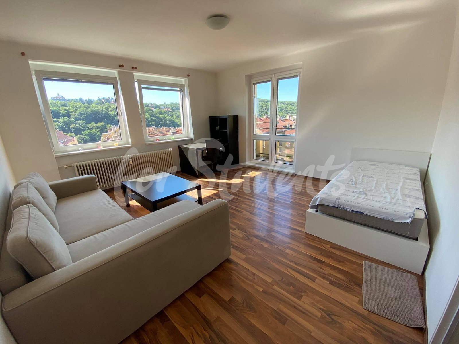 Two bedroom apartment in Holečkova street, Prague