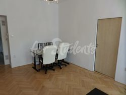 One spacious bedroom near Anděl available in two bedroom apartment, Prague - 4