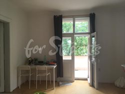 Spacious two bedroom apartment with a terrace, Prague - living-room-2