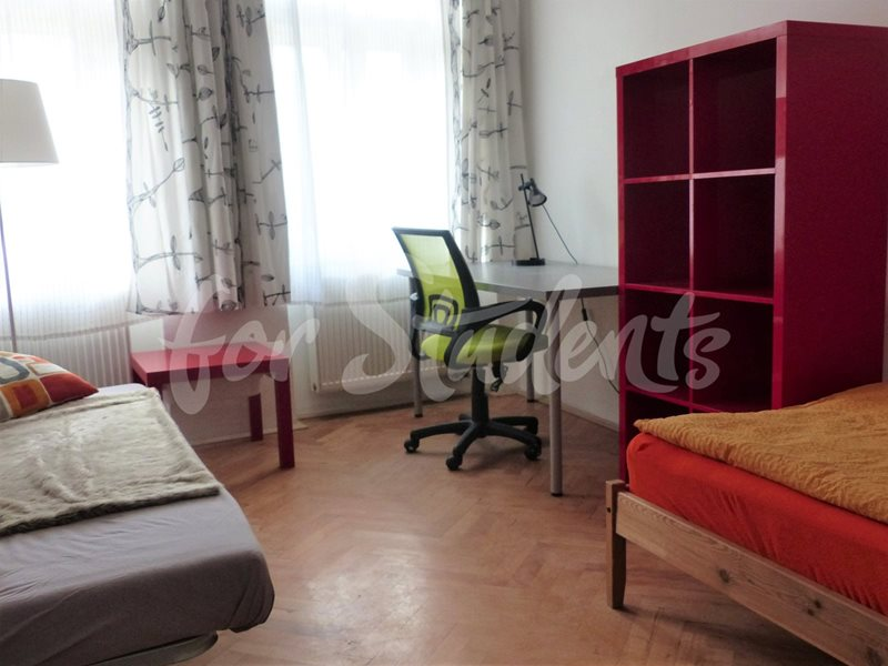 One bedroom apartment close to faculty of medicine Prague 2 (file 2-byt-3NP-1.jpg)
