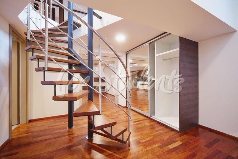 Luxurious two bedroom loft apartment (file chodba2.jpg)