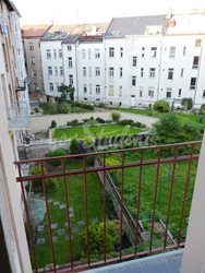 2 rooms available in female four bedroom apartment in the center of town - view-from-kitchen