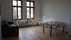 One bedroom available in 3bedroom apartment in a student´s house in the center of town, Hradec Králové - DSC02524