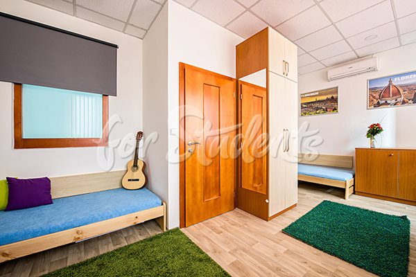 Spacious shared room - RB22/19