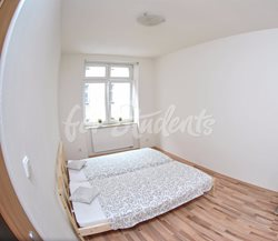 Room in a shared apartment - pokojA