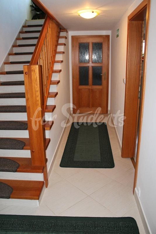 Rooms in shared house available for rent, Prague 6 (file schody.jpg)