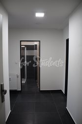 One bedroom apartment with a big balcony - chodba