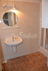 Two bedroom apartment in Prague 4 - Bathroom-I