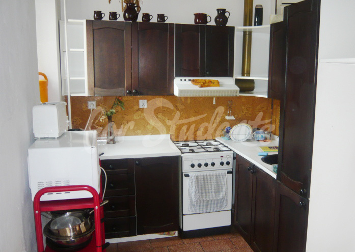 Two bedrooms available in male 3bedroom apartment in Klumparova street (file 11.jpg)