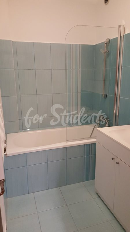 One bedroom available for rent in a student residency (file 20150921_090829-(1).jpg)
