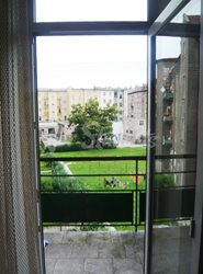 Two bedrooms available in male 3bedroom apartment in Klumparova street - 21