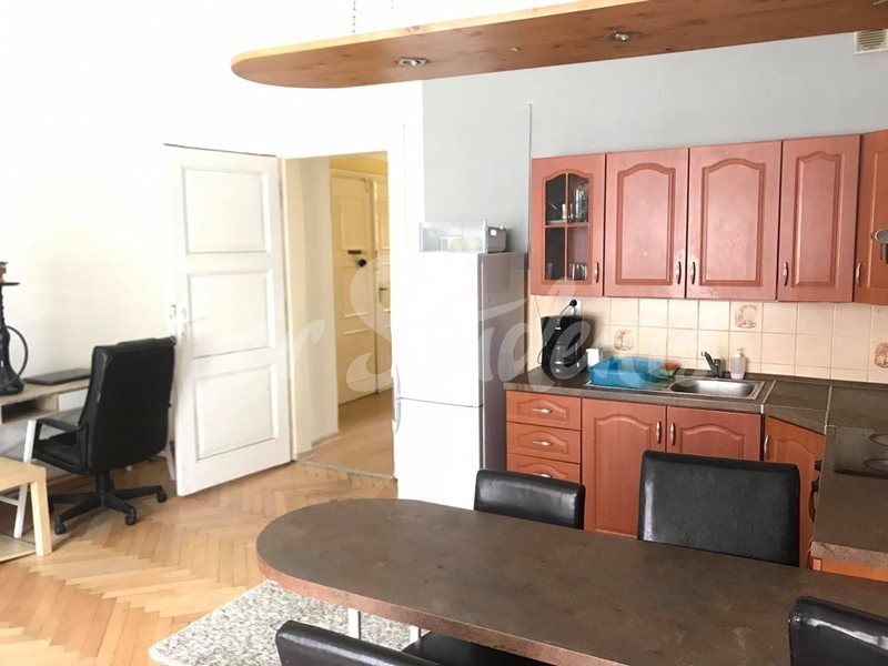 One bedroom apartment in the New Town, Hradec Králové (file 97994188_461001078043015_7040157709810794496_n.jpg)