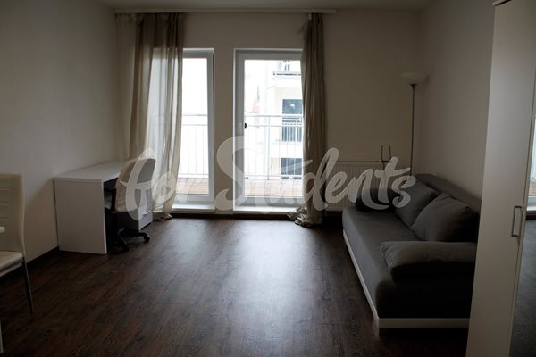 One bedroom apartment with a big balcony - B72/19