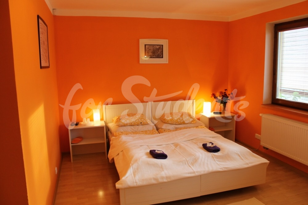 Rooms in shared house available for rent, Prague 6